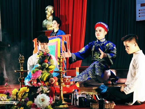 Sinh viên với nghệ thuật truyền thống