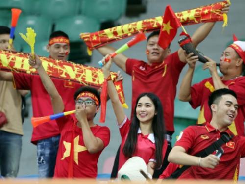 Những thói quen của người đam mê bóng đá