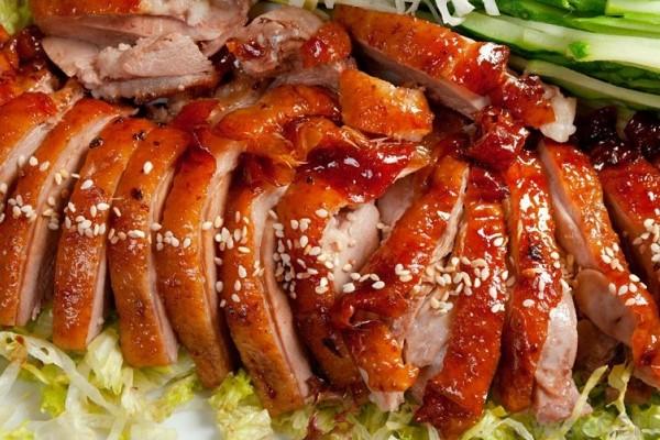 Vịt quay Bắc Kinh là một trong các món ăn truyền thống của Trung Quốc