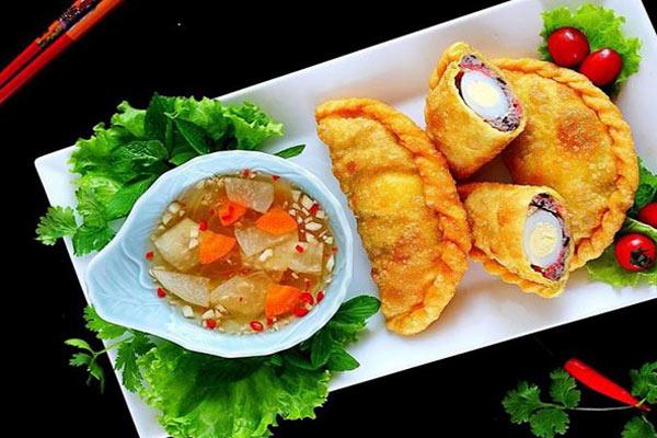 Bánh gối: Món ngon quà vặt Hà Nội mùa Đông