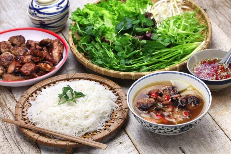 một số món ăn truyền thống của việt nam